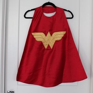EUC: Wonder Woman Cape.